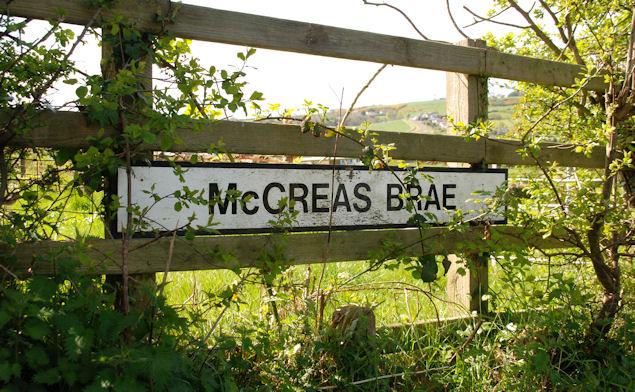 McCreas Brae sign, Whitehead