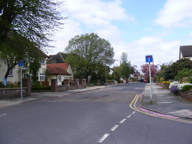 Links Avenue, Gidea Park