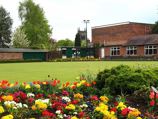 Sandbach Park: bowling green
