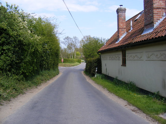 Low Road, Bramfield
