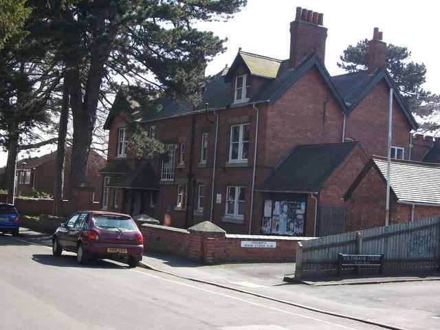 Wilton House Southbank Road Kenilworth 169 John Brightley