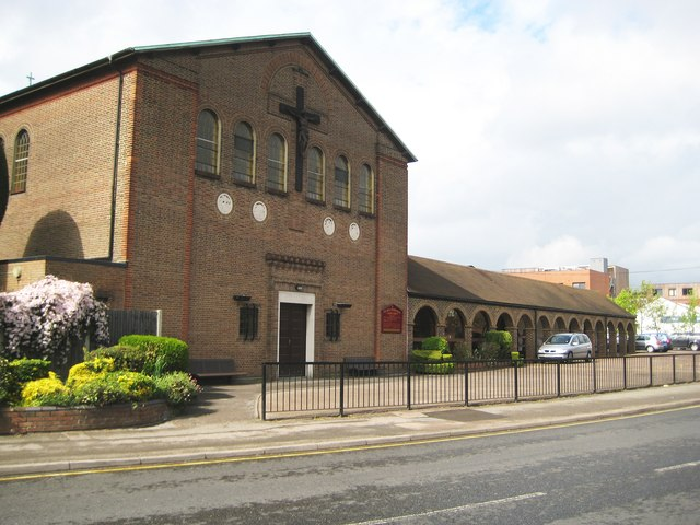 Ruislip: Roman Catholic Church of the Most Sacred Heart