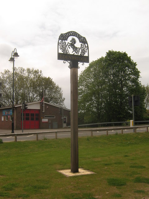 Edenbridge Village Sign
