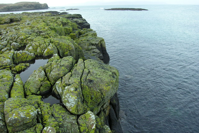 Edge of basalt cliff, Isle of Muck