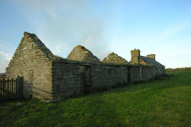 Loedebest croft above Dunbeath Water