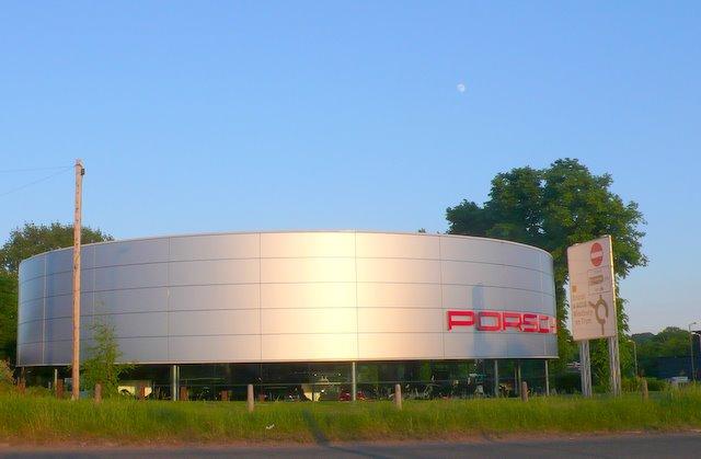 Porsche Dealer Car Wash