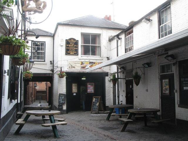 Old George Inn, Cloth Market