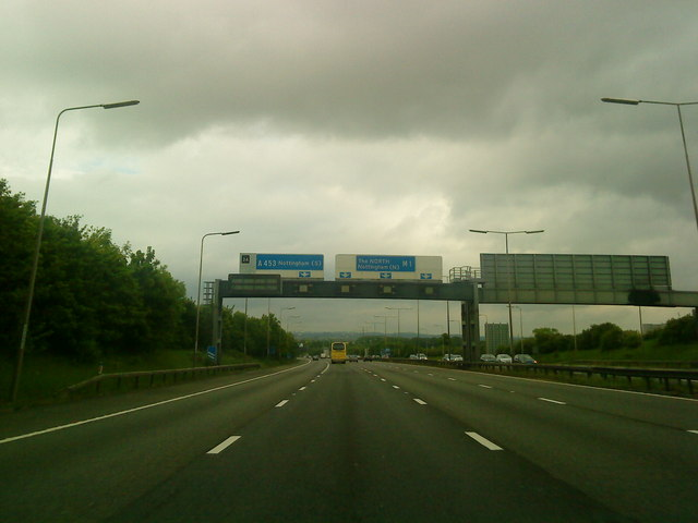Approaching junction 24 on the m1 for 50 eastbourne terrace paddington