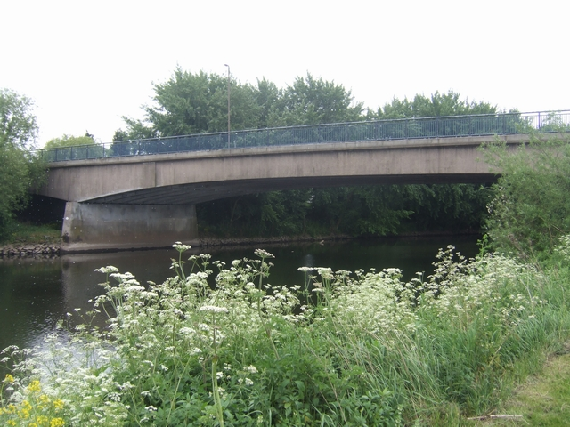 Cavendish Bridge over the River Trent