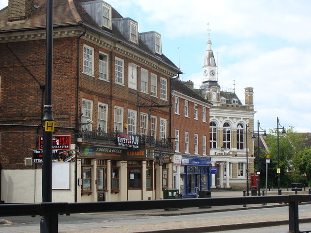Town Hall Square, Staines