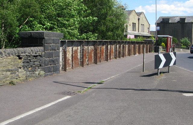 Bridge opposite Dyson Road on the Halifax High Level Railway