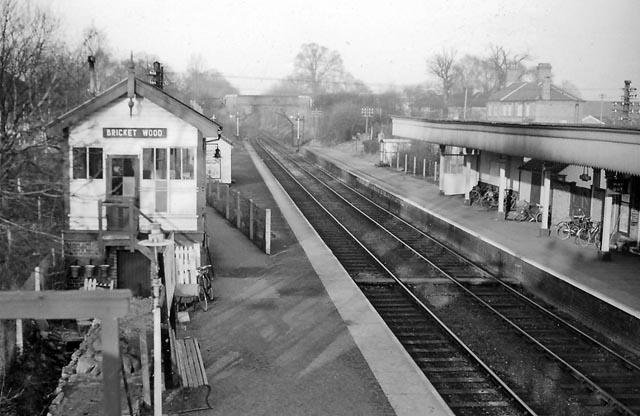 Bricket Wood Station 169 Ben Brooksbank Cc By Sa 2 0