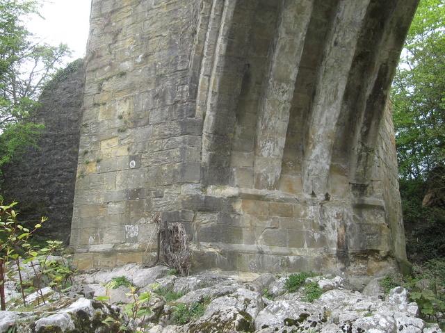 Sd6178 west buttress of devil s bridge