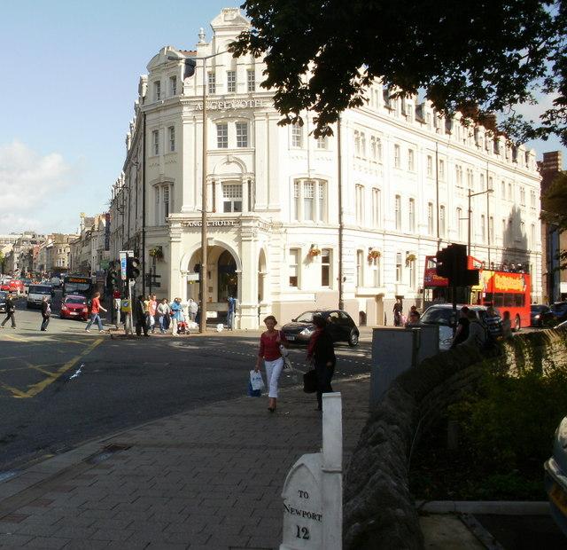Cardiff Hotels Near City Centre