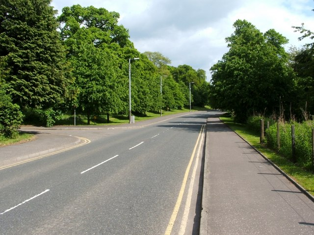 Road leading out of an industrial estate © Lairich Rig cc ...