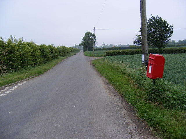 North Green Road & Cratfield Hall Postbox