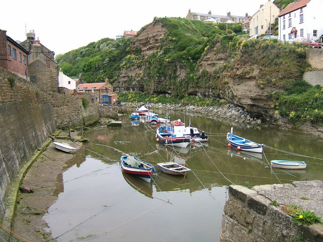 Knit one purl one - Craft at rest in Staithes