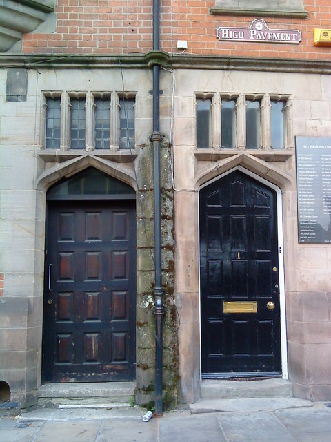 Doorways on Weekday Cross and 1 High Pavement