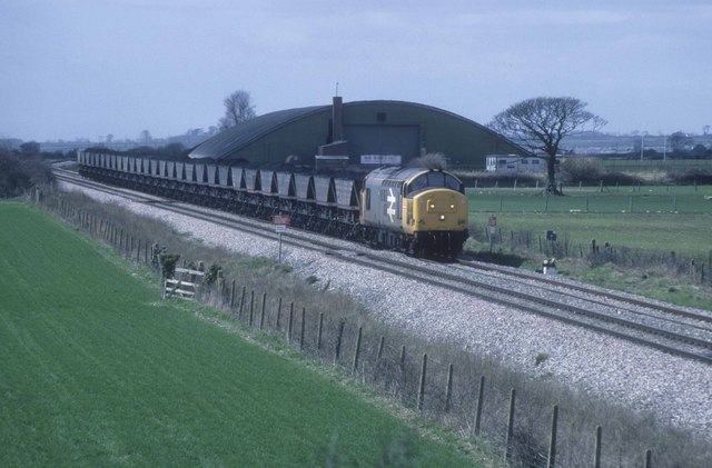 On the Vale of Glamorgan Line coal for Aberthawe