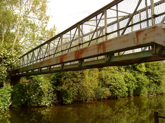 Bridge 18 over the Beeston Canal