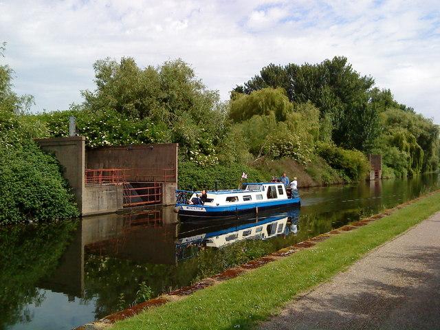 Narrowboat on Beeston Canal