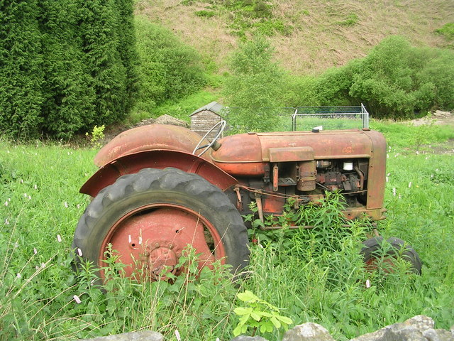 Old Tractor in field - Union Lane