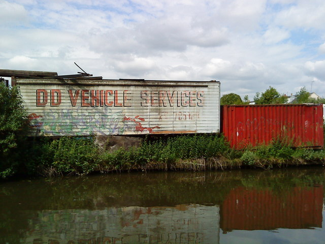 Container units near the Beeston Canal