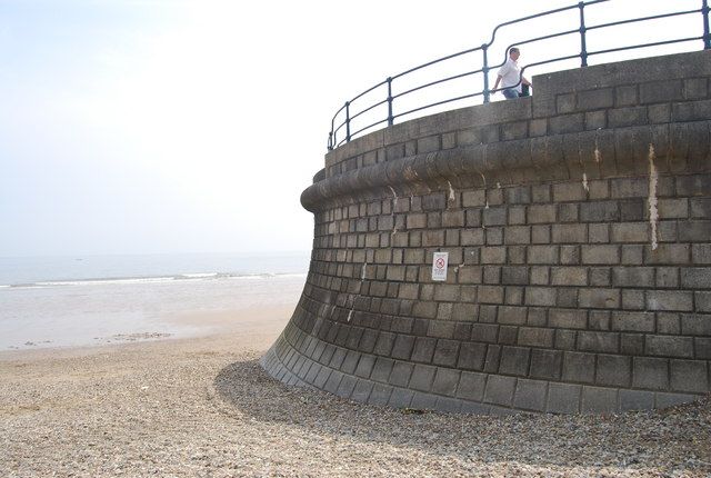 Sea wall, Filey