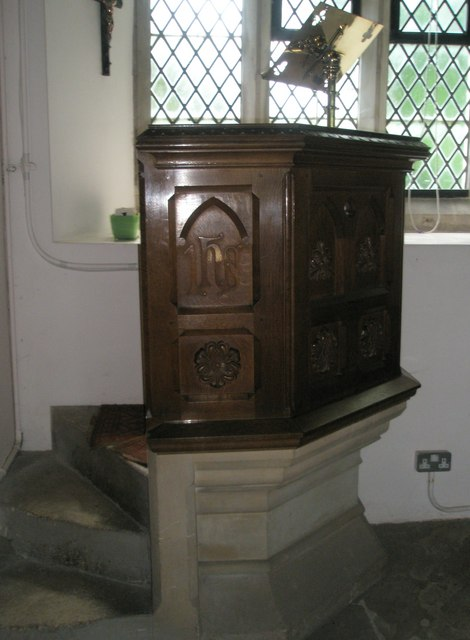 Christ Church, Forestside- pulpit