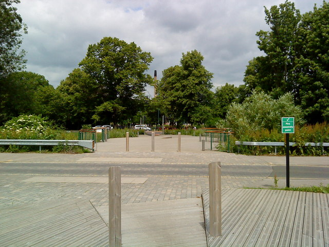 Path from the Science Park to the University Park
