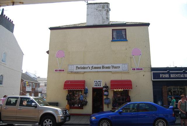 Souvenir shop, BelleVue Rd