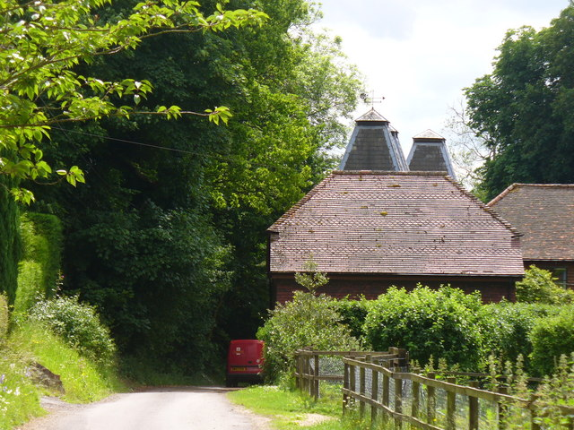 Approaching Bumbles Oast