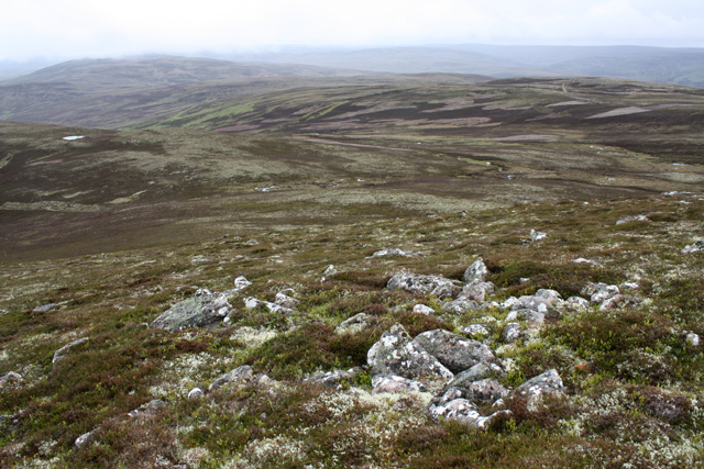 Moorland west of Geal-charn Beag