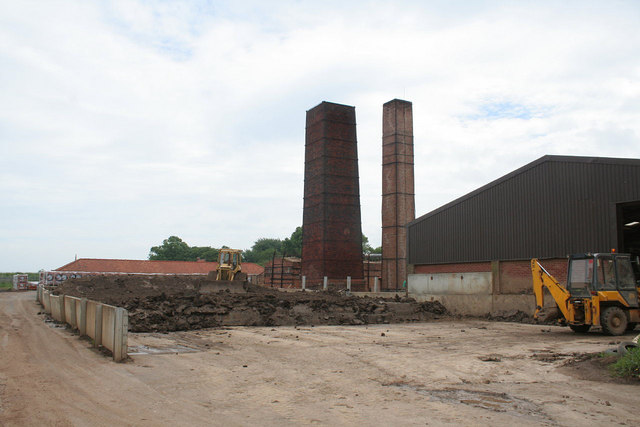 Hoe Hill works, clay store