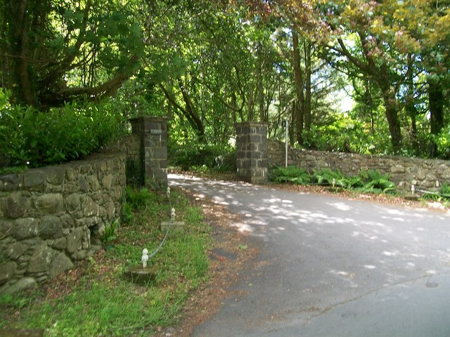 The entrance gate to Ty Newydd