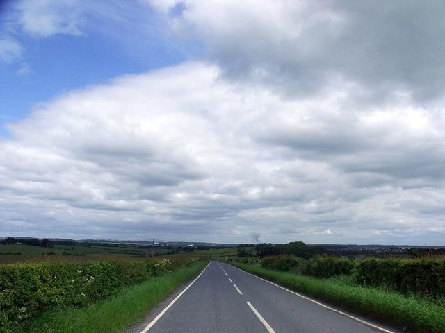 Road to Wester Muckcroft.