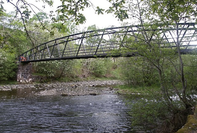 Footbridge (disused) over the Garry at Invergarry
