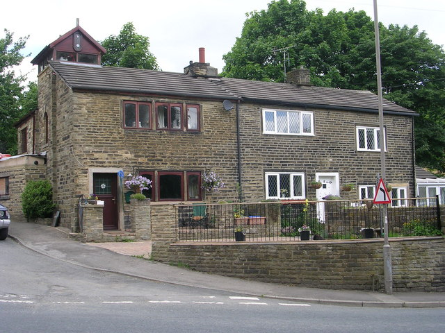 Houses - Mill Lane