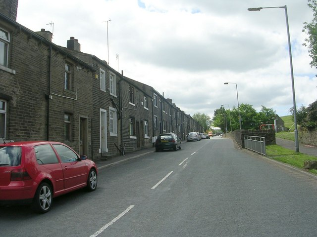 Clough Lane - viewed from Mill Lane