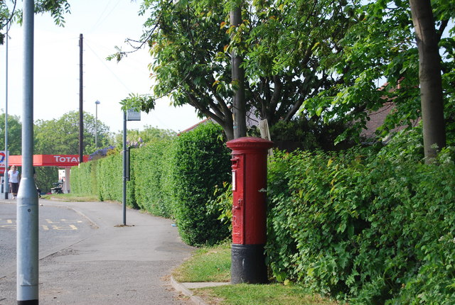Postbox, Burniston Rd