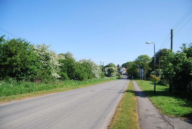 Newsham Hill Lane heading to Bempton