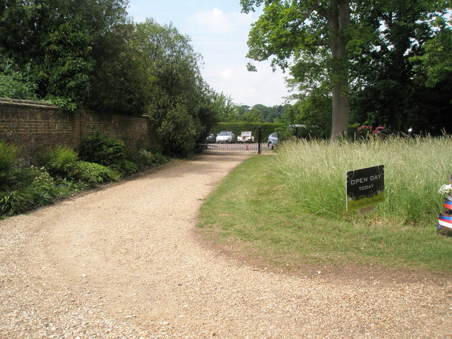 Path from Garden House to the car park