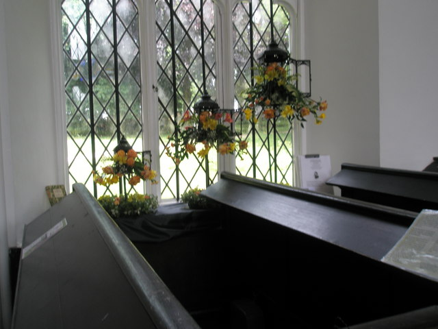 Chapel, Stansted Park- floral display (5)