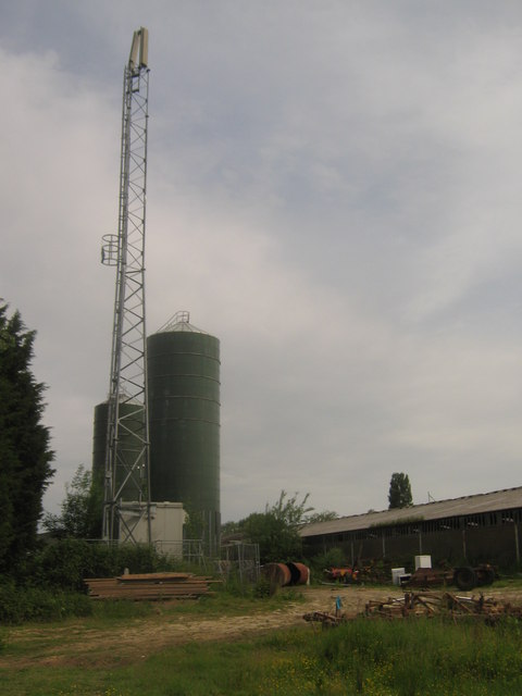 Mobile Phone Mast in Frenchay Farm