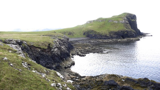 Towards the cliffs on Oronsay Island