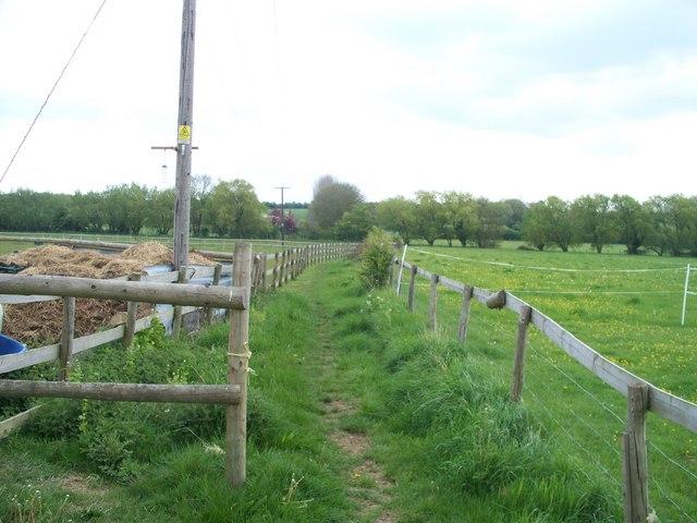 Bridleway to Evesham Road [1]