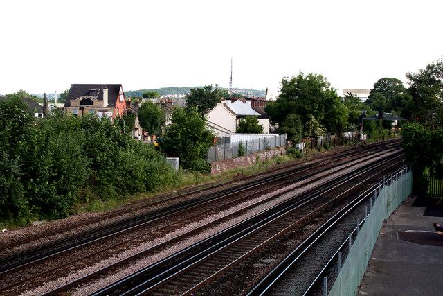 Croydon:  Railway north of Windmill Bridge