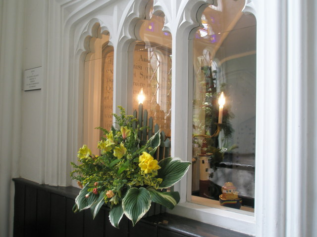 Chapel, Stansted Park- floral display (8)