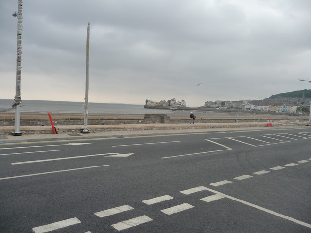 Weston-Super-Mare : Royal Parade & Coastline