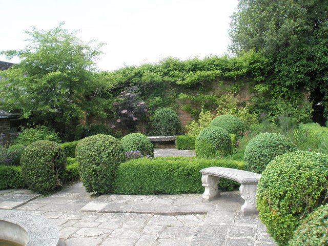Walled Garden, Stansted House (5)